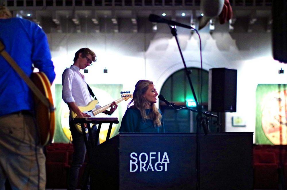 2014 - Aviva Bing (Sofia Dragt in Wageningen)