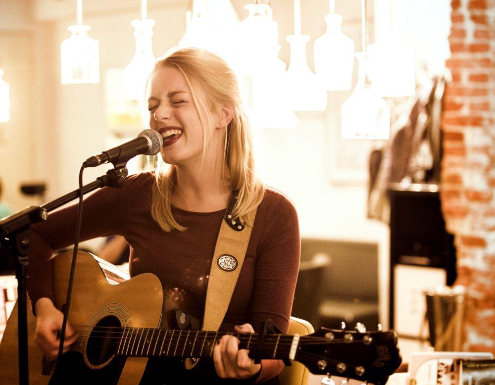2015 - Kim Balster - KB Fotografie (Demi Knight in Zwolle)