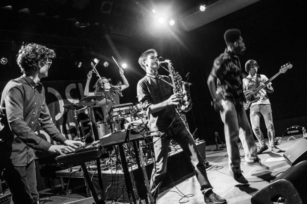 2015 - Ted van Aanholt  (Funky Organizers in Amsterdam Eindfeest)