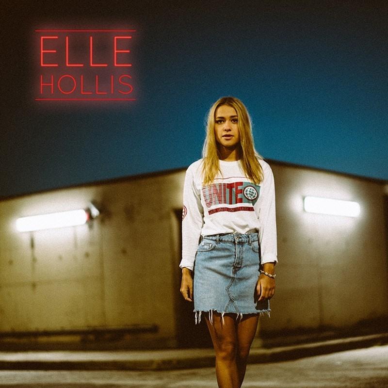 Elle Hollis