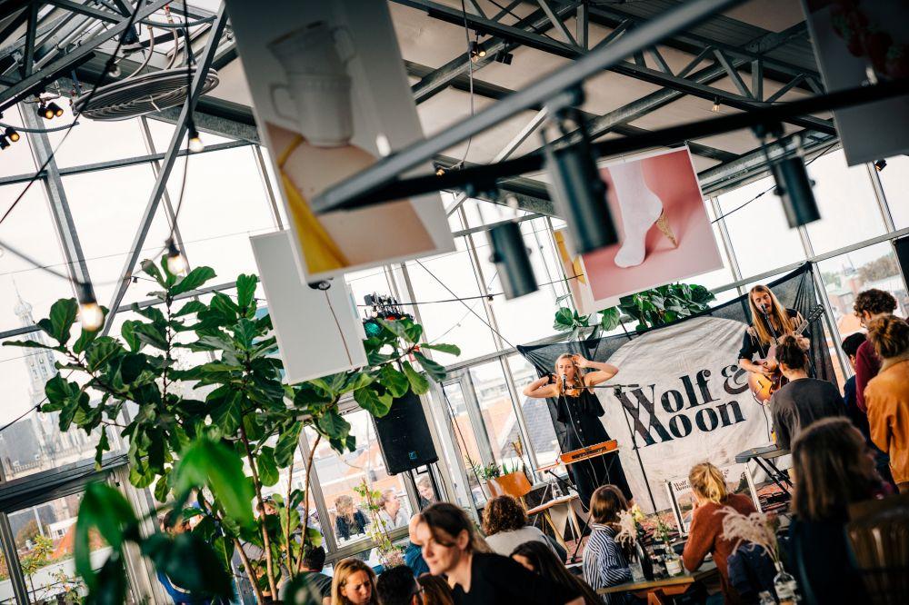 2019 - Jessie Kamp Fotografie (Wolf & Moon in Haarlem)
